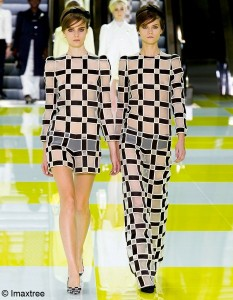 Louis-Vuitton-oh-my-Damiers_reference